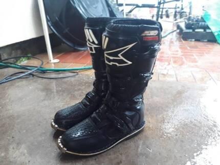 Motorbike / Motorcycle Boots, Helmet, Goggles, Gloves - Gear