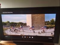 Panasonic 42 inch Full 1080p HD Plasma TV FREEVIEW ★ Stand and Remote ★ Excellent Condition