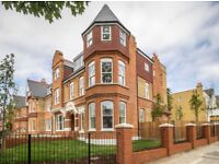 LUXURY!! SPACIOUS 1 BEDROOM FLAT LOCATED IN EALING!! FURNISHED/UNFURNISHED PRIVATE GARDEN £1400