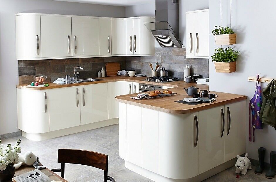 Cream santini high gloss kitchen cabinet doors b q in for Kitchen cabinets gumtree