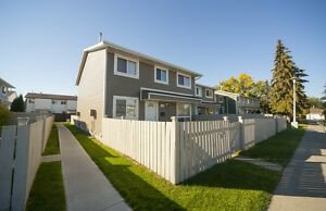 FREE RENT - Family Townhomes with Fenced Yards in West Edmonton
