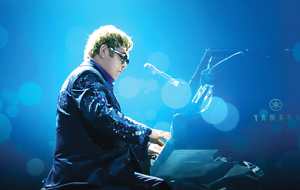 2 x Elton John cairns tickets Cairns Cairns City Preview
