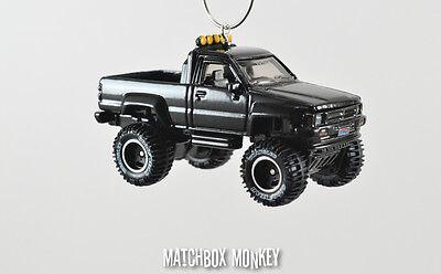 ft '87 Toyota 4x4 Pickup Truck Custom Weihnachten Ornament (Weihnachten Custome)