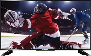32 INCH SYLVANIA SLED3215A LED TV - IDEAL SIZE FOR BEDROOMS OR REC ROOMS - GREAT FOR VIDEO GAMERS WITH PC INPUT