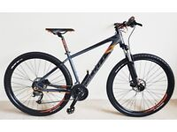 SCOTT ASPECT 950 MOUNTAIN BIKE - 29 WHEELS - 17 FRAME - LIKE NEW - FLUID BRAKES
