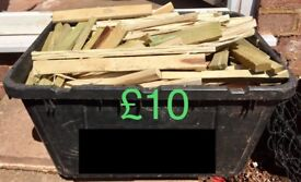 KINDLING BOX FULL BONE DRY WOOD FOR STARTING BBQ'S, FIRES, PITS, CAMPING FIRES, STOVES ETC