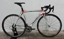 Pinarello Dogma 60.1. S/M. Chorus Compact 11s! Fulcrum Racing 3! Dulwich Hill Marrickville Area Preview