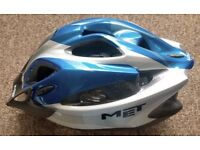 MET Crackerjack youths cycle helmet