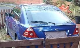 Blue ford mondeo 2.2 st tdci half leather heated seats front heated screen