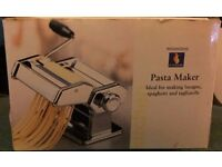 Vintage Woolworths Manual Pasta Maker (unused - Excellent condition)