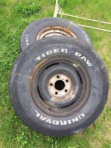 2 pneus 15 pouces avec jantes