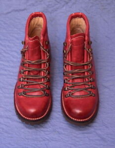FRYE Women's Archie Hiker Ankle Boot size 9B (M) RED