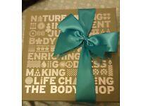 Body shop toiletry Gift set