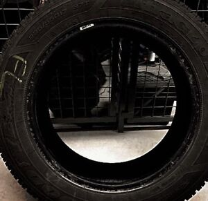 4 Winter Tires GoodYear UltraGrip 225/55R17 97 Used 1 Winter West Island Greater Montréal image 3
