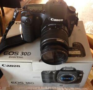 Canon EOS 30D Camera