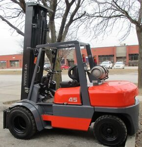 TOYOTA FORKLIFT OUT DOOR &INDOOR 9000LB CAPACITY WITH SIDE SHIFT