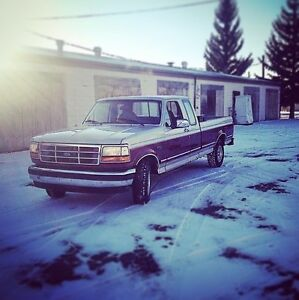 1993 Ford F-150 Xlt Pickup Truck Moose Jaw Regina Area image 1