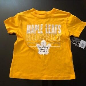 kids maple leafs t-shirt