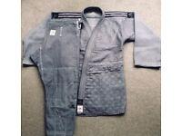 Adidas Champion 2 judo/BJJ/jiu jitsu gi/kimono