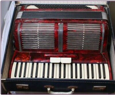 SCANDALLI 120 Bass Full Size Accordion