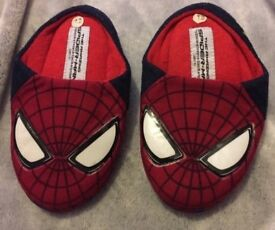 Spider-Man boys size 12 slippers from the Disney Store / Winter / Christmas