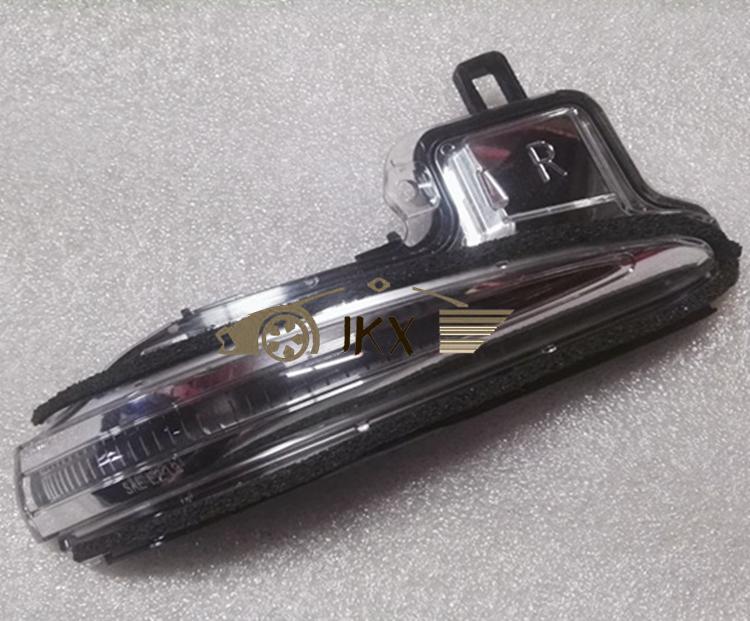 For Toyota ALPHARD/VELLFIRE 2015-18 RH LED Rear-View Mirror Trun j