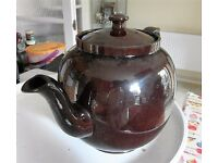 3 pint Tea pot, Brown shiny earthenwear