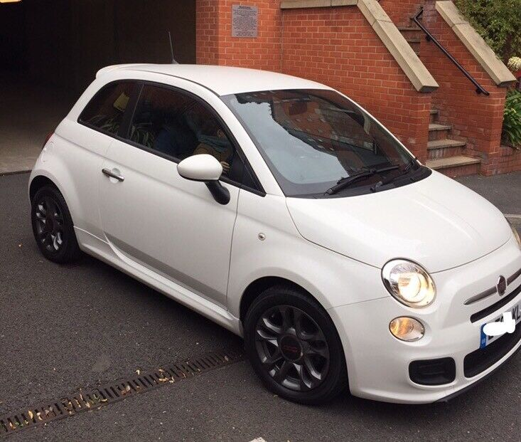 Fiat 500S automatic white December 2013