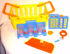Fisher Price Fun Food Deluxe Grocery Shopping Basket - 1984