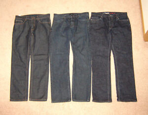 Perry Ellis, Kenneth Cole and A. Reynolds Jeans - 32 x 32