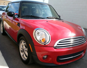 MINI 2012  .FULL  OPTION.