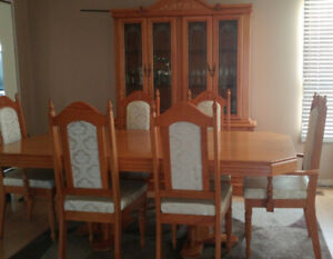 Used Dining-room suite for sale