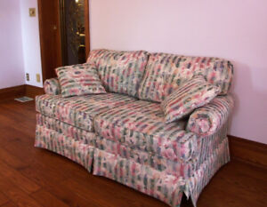 Floral Satin Love Seat in Excellent Condition