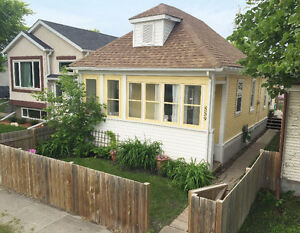 """East Kildonan/Elmwood"" Bung 2 BR 758 sq.ft REMODELLED $147,000"