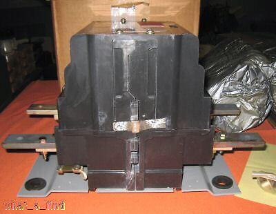 NEW Joslyn Clark RDP5-11100 Motor Starter Contactor RDP511100