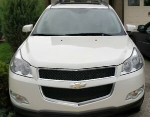 2012 Chevrolet Traverse 2LT Full Leather Four Captains Chairs