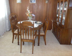 Dining Table 6 Chairs And Buffet Hutch
