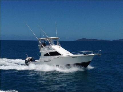 BIG LUXURIOUS LIVEABLE BOAT Bowen Whitsundays Area Preview