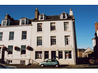 Charming Georgian furnished flat overlooking North Inch with 1 spacious double bedroom