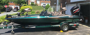 2005 Triton TR-186 LE bass boat in excellent condition
