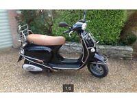 Piaggio Vespa 125 cc 2002 Black new MOT