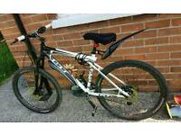 GT mountain bike excellent condition