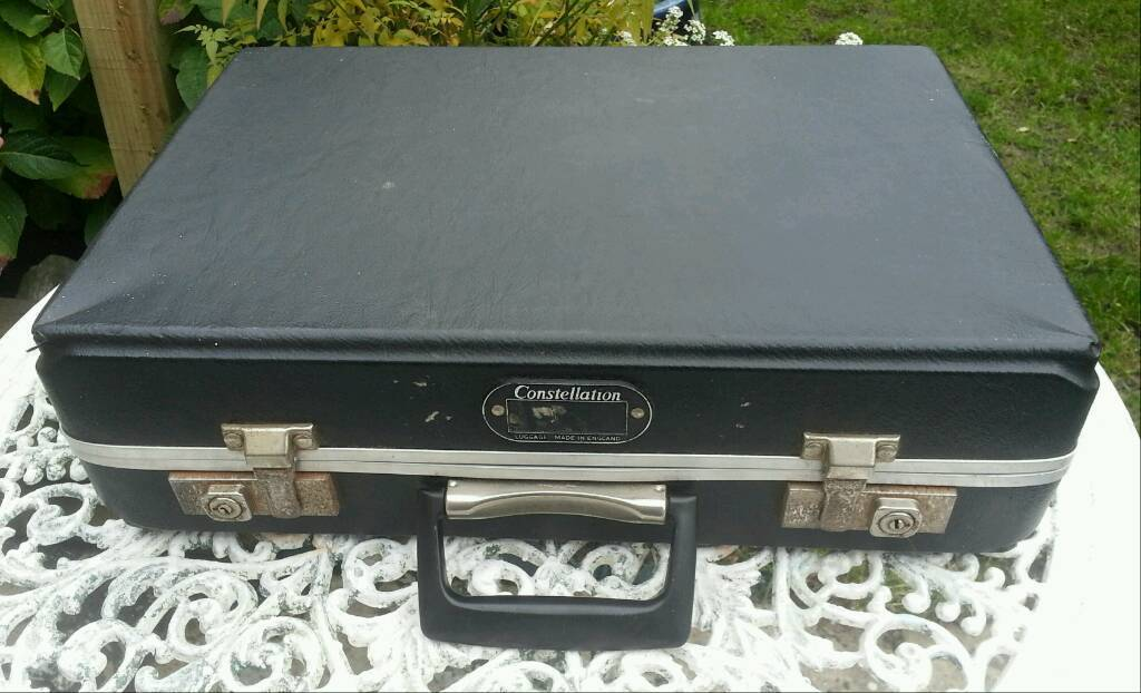 Vintage 1950's/60's Compact Suitcase. Good cond