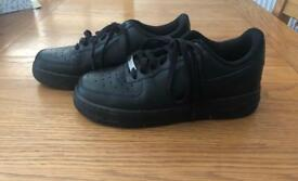 Women's Air Force 1 trainers size 6