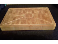 Heavy Wooden Chopping Carving Meat Board with Spiked Ring. BRAND NEW