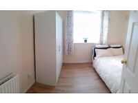 zone 1, Haggerston/Hoxton - sunny double room AVAILABLE in April