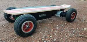 Fiik Electric Skateboard - Street Surfer
