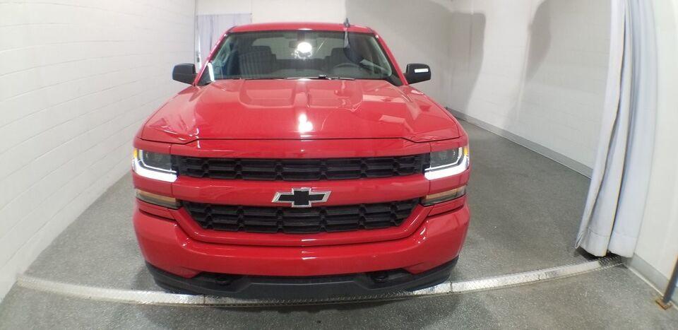 2018 Chevrolet Silverado 1500 Custom Autos Et Camions Lavalrive