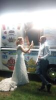 ICE CREAM TRUCK TO MAKE YOUR EVENT SPECIAL