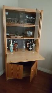 Display Case/Bar Unit & Coffee Table